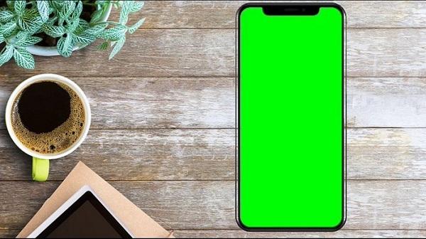 علت افتادن خط سبز روی صفحه گوشی سامسونگ